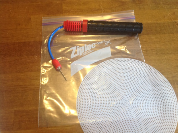 All you need is a bike pump or a straw, plastic draining mat & zip-lock bag