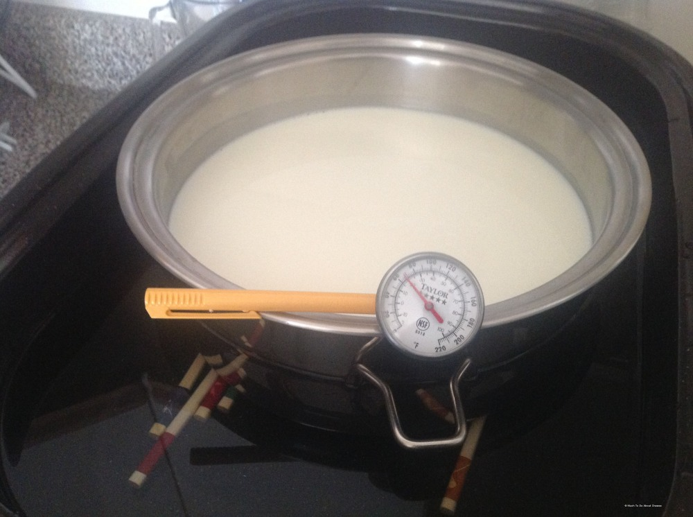 4L of milk into the pot and start your heating