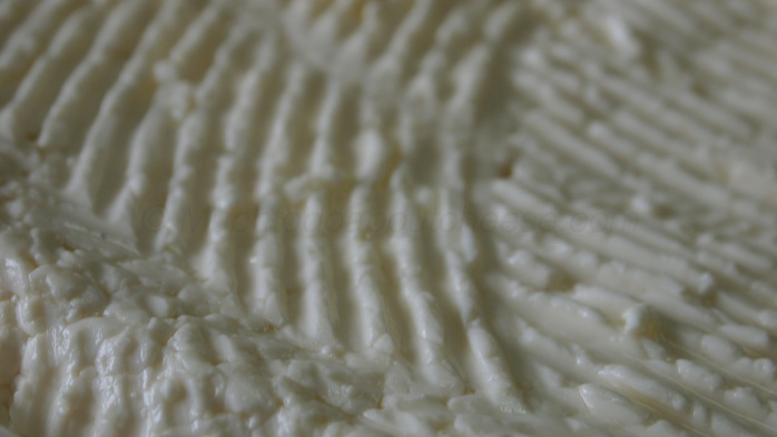 Just look at the way the curd knitted together.